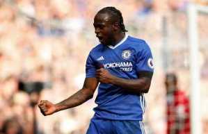 Chelsea Boss Conte Tells Nigeria's Victor Moses To Shun Barcelona Move! (Read What He Said)